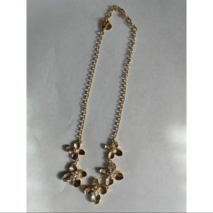 3/$15 NWOT gold tone and pearl statement necklace